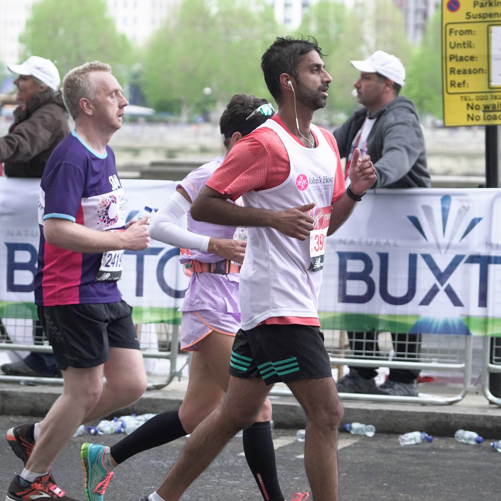 Sageet running the London Marathon